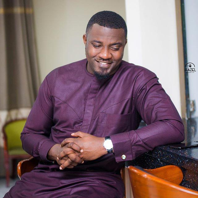 John Dumelo acteur et politicien ghanéen demande la légalisation de la polygamie au Ghana