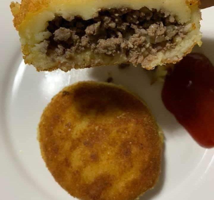 Recette de purée de pomme de terre farcie à la viande hachée